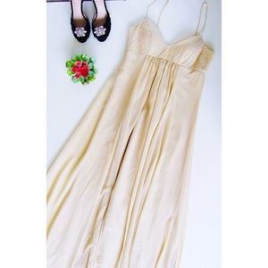 Cream David's Bridal Chiffon Formal Dress Size 8